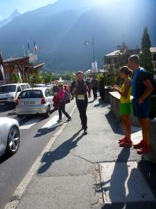 """Auf der 2 Kilometer langen """"Ehrenrunde"""" durch Chamonix"""